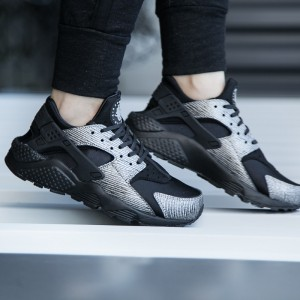 nike-wmns-air-huarache-run-prm