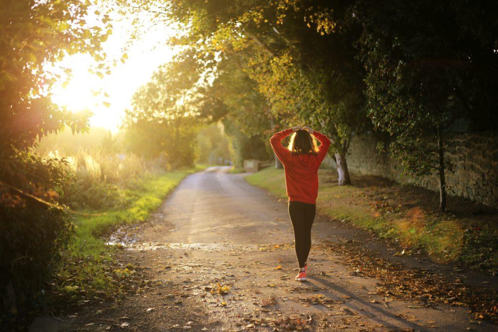 damska odzież do biegania w jesieni